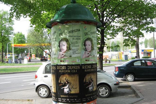 Foto plakatowania miejskiego